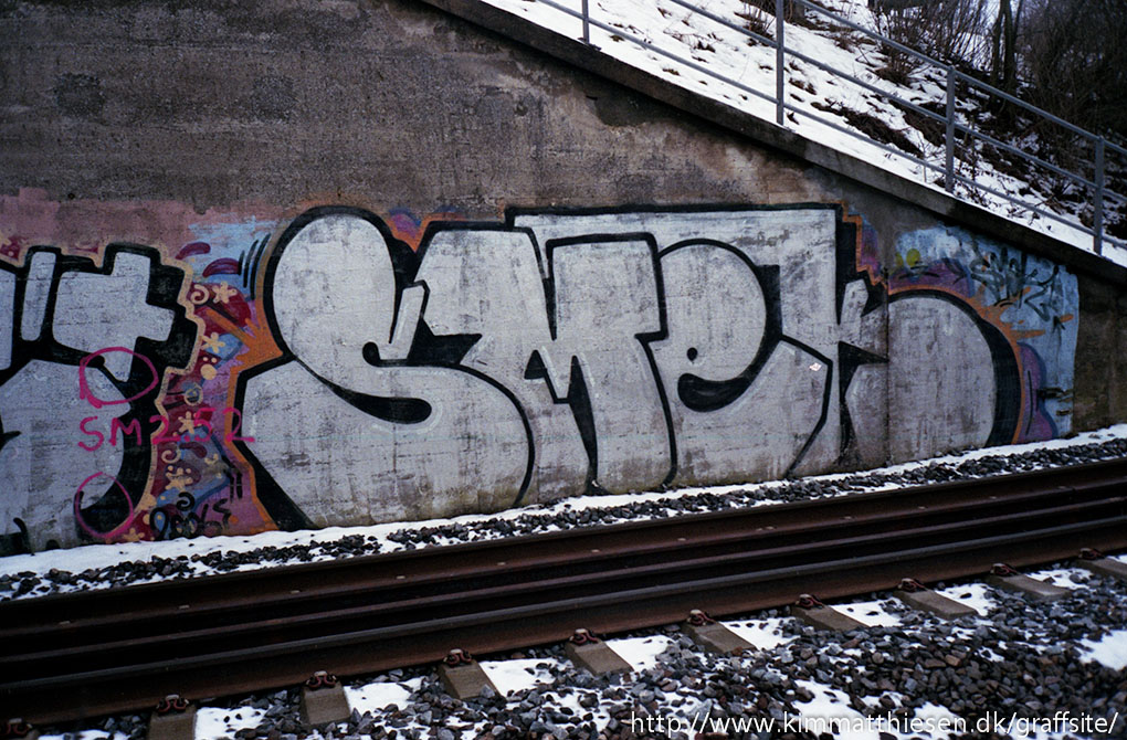 Danish graffiti analog trackside