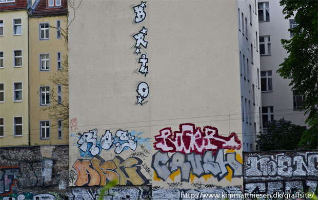 berlin graffiti tracksides