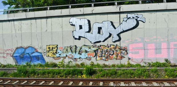 berlin graffiti tracksides